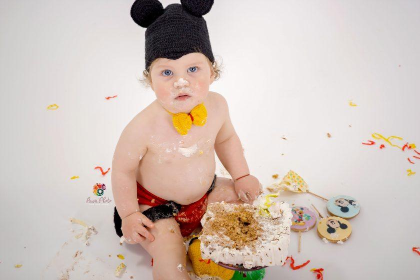 Alexandru Mihai -Smash the cake -part I