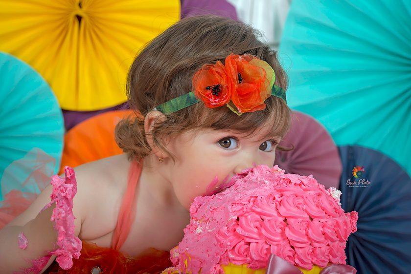 Ana-Maria   smash the cake