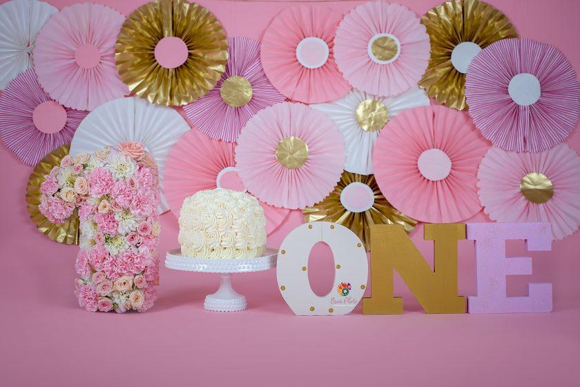 Eva Delia- smash the cake