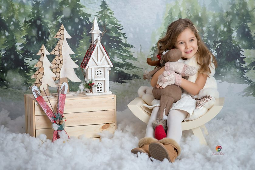 Sophie -Christmas session